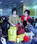 快问问都考什么 最爱女主播 2009上海车展
