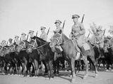 1951年国庆阅兵上骑兵部队登场