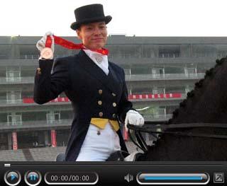 "CSPN视频:""舞后""刘丽娜讲述金牌背后的故事"