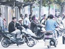 武汉悄现电动车非法运营