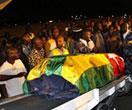 多哥队携遇难者遗体回国