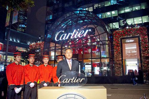 2009年12月,陆慧全先出席卡地亚香港希慎道精品店开幕仪式
