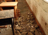 没有发现因为建筑质量问题而倒塌的校舍