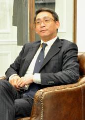 香港长江制衣YGM,傅承荫,雅格狮丹