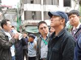 李连杰参观汉旺地震遗址