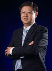 华泽集团董事长吴向东