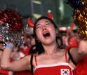 韩国女球迷痛哭