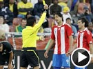 圣克鲁斯无意踩踏却染黄 世界杯巴拉圭VS新西兰