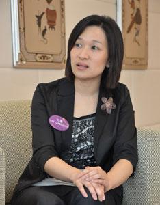 希慎集团市场推广部助理总经理卢洁仪向搜狐网友推荐
