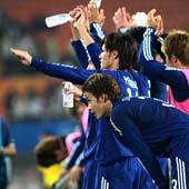 日本球员致谢球迷