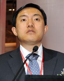 中国证监会基金监管部副主任汤晓东