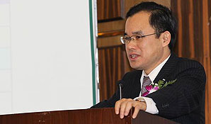长安集团副总裁朱华荣