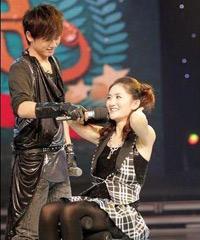 """2008年10月谢娜动情宣言""""我要结婚!"""""""