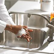为什么只有4%的人能够正确洗手