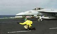 解析里根号航母飞机弹射器