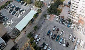 停车场收费改革:涨价治堵?半数人喊NO