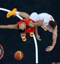 男篮VS西班牙阿联对抗加索尔