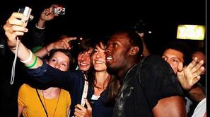 策划:伦敦夜群星很忙 逛夜店泡美女不亦乐乎