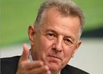 论文抄袭 学术造假 学术腐败 匈牙利总统帕尔