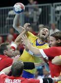 奥运图:瑞典手球队晋级半决赛 陷入重围