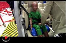 视频:错误的儿童约束装置配置法