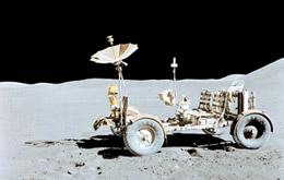 阿波  罗11号航天员踏上月面
