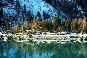 西藏迷人小众湖泊 鲜为人知高原明珠