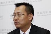 李宏鹏:北京梅赛德斯—奔驰销售服务有限公司网络发展高级执行副总裁