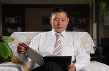 东创建国汽车集团董事局主席、总裁黄建国