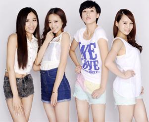 左起:谢佳妤、洛诗、思漩、庄洁梦档案
