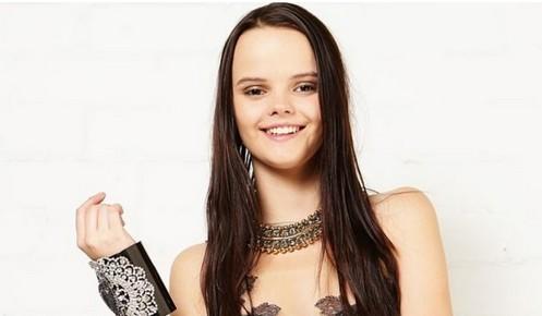澳大利亚16岁的墨尔本少女玛丽萨・朱拉托维奇