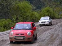 林芝到波密:川藏318国道路段的严峻考验