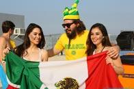 巴西大叔搂墨西哥美女