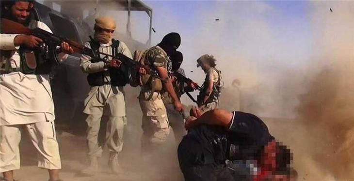 伊拉克极端组织公布射杀士兵
