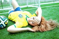 长腿美女诱惑写真助威巴西
