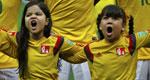 巴西小球童怒吼唱国歌