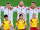 中国球童亮相决赛赛场