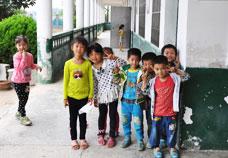 中国农村留守儿童,留守儿童,留守儿童调查,留守儿  童问题,留守儿童教育,河南光山惨案,河南光山被砍学生,河南光栅学生被  砍,河南22学生被砍,校园凶杀案,美国校园枪杀案