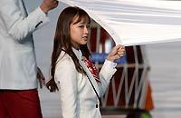 孙妍在举韩国旗入场