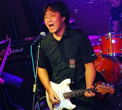 """布衣乐队20年,主唱吴宁越说:""""中国摇滚需要有种!"""""""
