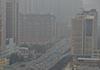 延时摄影呈现城市被笼罩