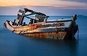 载20人渔船在东海沉没