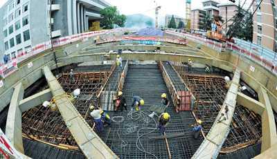 地铁4号线师大站主体完工