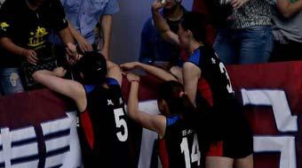 女排赛场爆激烈冲突 辽宁队员参与其中
