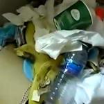 巴萨客战后留下满地垃圾