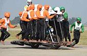 印度58人同乘一辆摩托