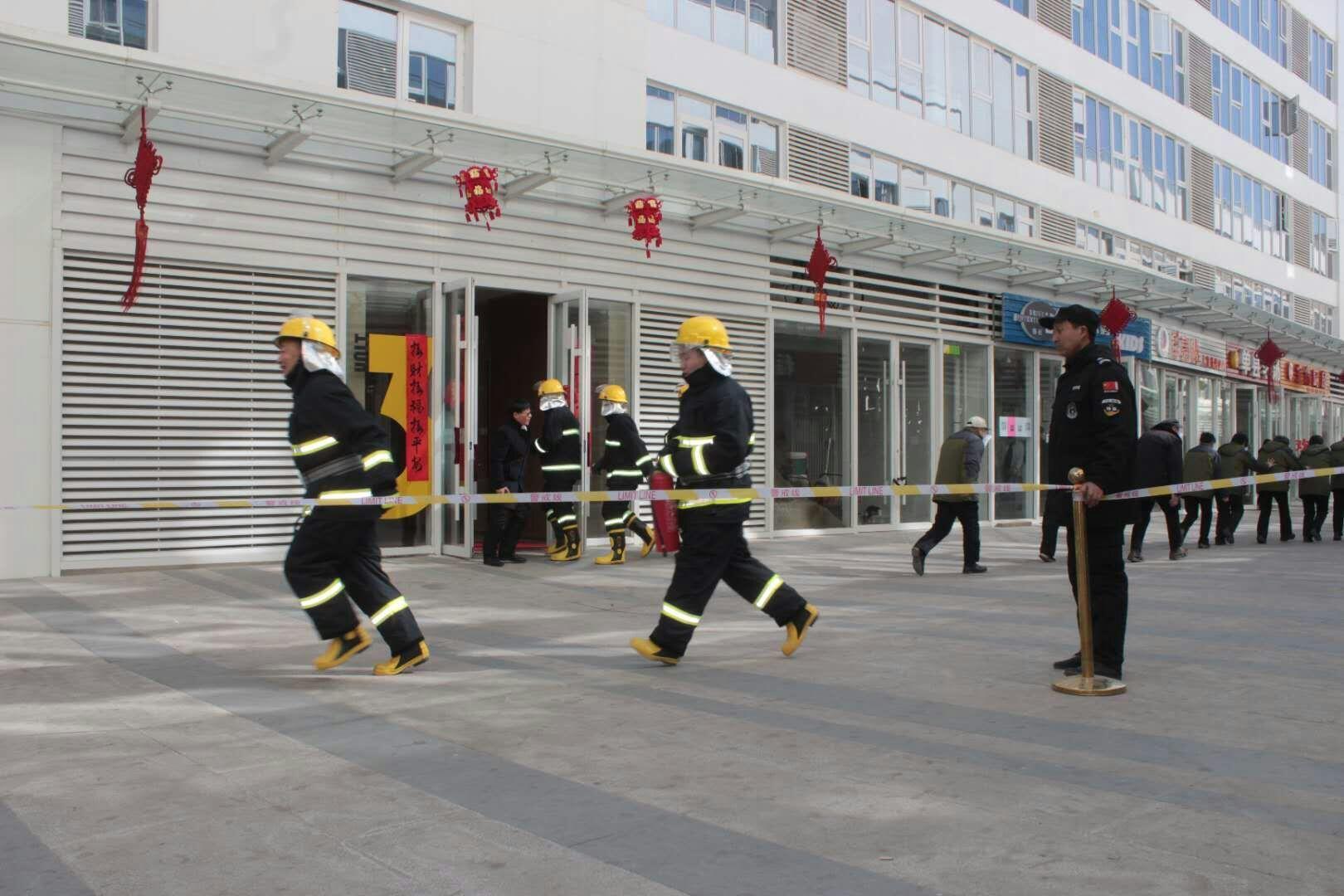 大兴消防深入辖区人员密集场所开展消防安全培训演练