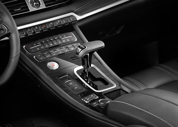 中大型SUV/8月上市 比速T7预告图发布