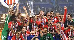 欧联-马竞3-0夺冠 托雷斯高举至尊银杯