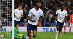 热身赛-英格兰1-0 拉什福德霸气挥拳